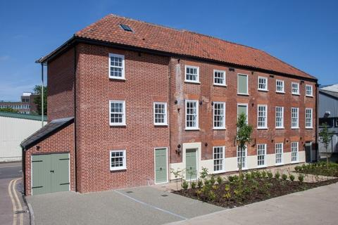 2 bedroom townhouse for sale - Mountergate, Norwich
