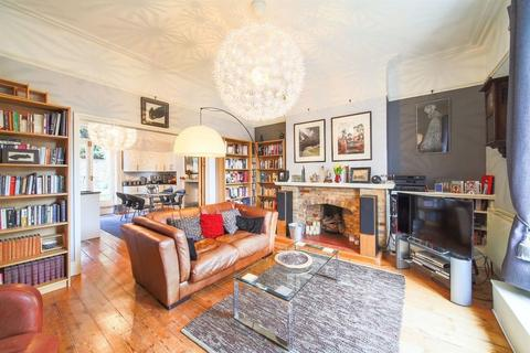 3 bedroom apartment for sale - Thorpe Hamlet