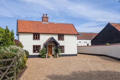 4 bedroom farm house for sale - Caston