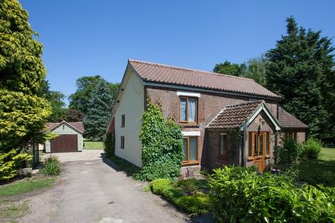 5 bedroom farm house for sale - Little Ellingham
