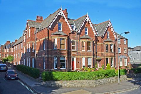 3 bedroom apartment to rent - Langton Court, Scarcroft Road