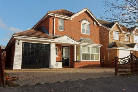 4 bedroom detached house for sale - Bancroft Chase, Hornchurch RM12