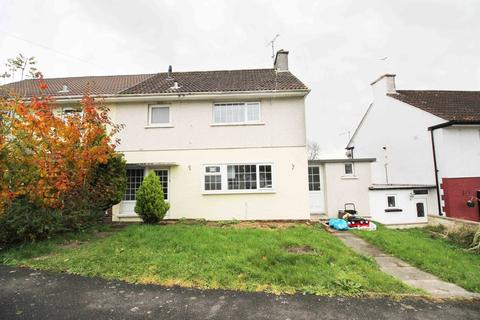 3 bedroom semi-detached house to rent - St.Winifreds Road, Cefn Glas, CF314PN