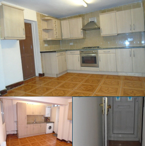 3 bedroom terraced house to rent - Katherine Road, Eastham, London E6