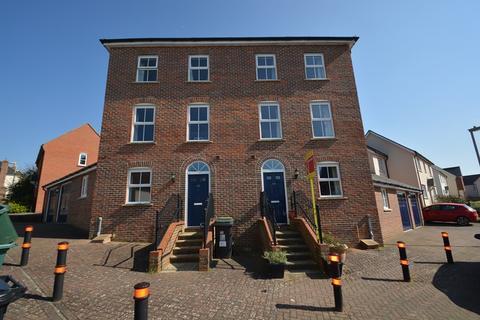 3 bedroom semi-detached house for sale - Overton Hill, Overton, Basingstoke