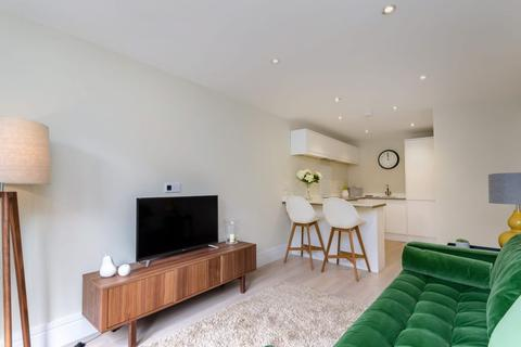 2 bedroom apartment to rent - Compton Mews, Clifton Green