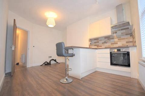 2 bedroom apartment to rent - Burton Road, Manchester