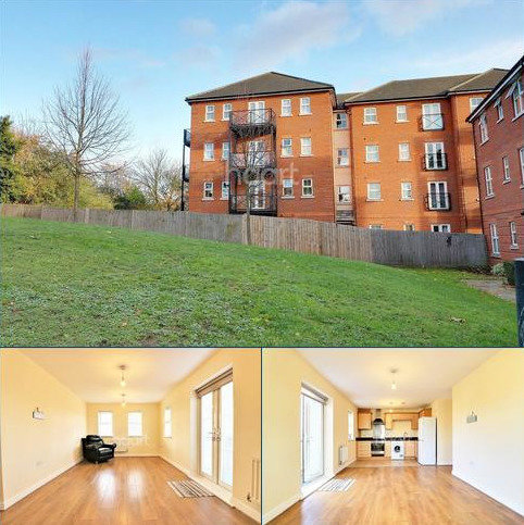 2 bedroom flat for sale - Piper Way, Ilford, Essex