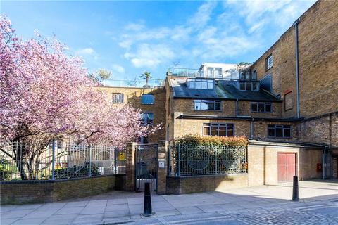 2 bedroom penthouse for sale - Chandlery House, 40 Gowers Walk, Aldgate, London, E1