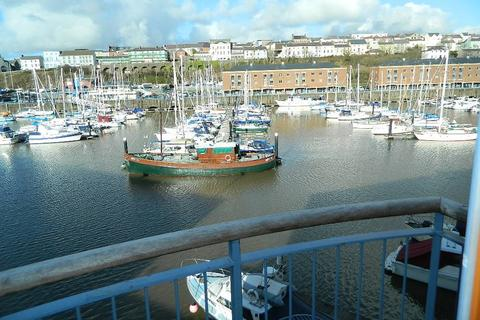 2 bedroom flat for sale - Temeraire House, Nelson Quay , Milford Haven, Pembrokeshire. SA73 3BN