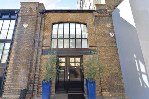 2 bedroom mews for sale - Barnaby Place, London, SW7
