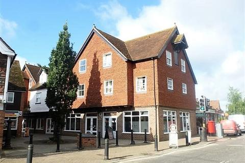 3 bedroom apartment to rent - Headcorn Village
