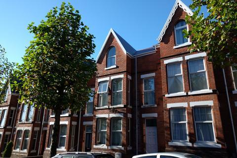 6 bedroom house to rent - Bernard Street, Uplands,