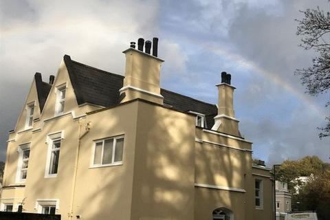3 bedroom apartment to rent - Lower Woodfield Road, Torquay