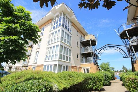 2 bedroom flat for sale - Clausentum House, Hawkeswood Road, Southampton