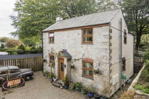 3 bedroom house for sale - West Trewirgie Road, Redruth