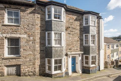 1 bedroom flat for sale - St Thomas Street, Penryn