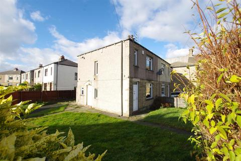 3 bedroom semi-detached house to rent - Dudley Hill Road, Undercliffe, BD2