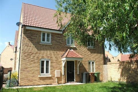 3 bedroom house to rent - Lyvelly Gardens, Peterborough