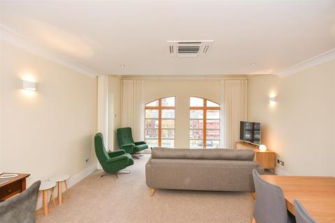 2 bedroom apartment to rent - Emperors Wharf, York
