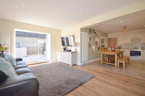 3 bedroom detached bungalow for sale - Manners Way, Southend-on-sea