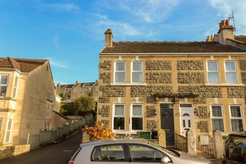 2 bedroom end of terrace house for sale - Ivy Avenue, Oldfield Park, Bath