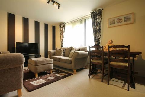 2 bedroom apartment for sale - The Cedars, Park Road, Newcastle Upon Tyne