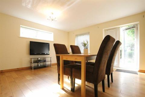 4 bedroom townhouse for sale - November Courtyard, Staiths South Bank, Gateshead