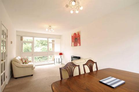 2 bedroom flat for sale - Jesmond Park Court, Newcastle Upon Tyne