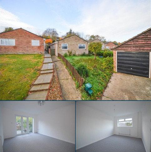 2 bedroom detached bungalow for sale - Queensway, Lawford, Manningtree