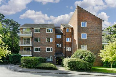 2 bedroom flat for sale - Dunnymans Road, Banstead, Surrey