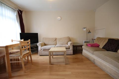 4 bedroom detached house to rent - Tindal Close, City Centre