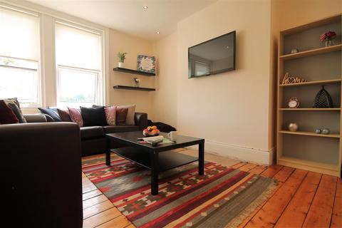 6 bedroom terraced house to rent - St Georges Terrace, Jesmond