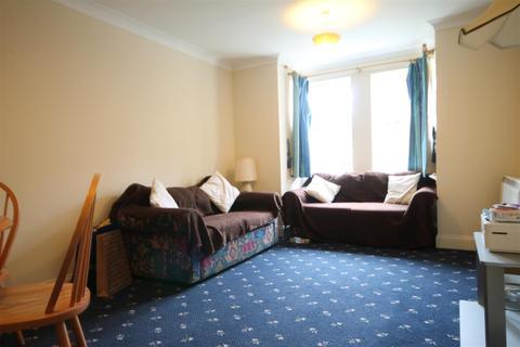 2 bedroom apartment to rent - Middleton Court, Jesmond