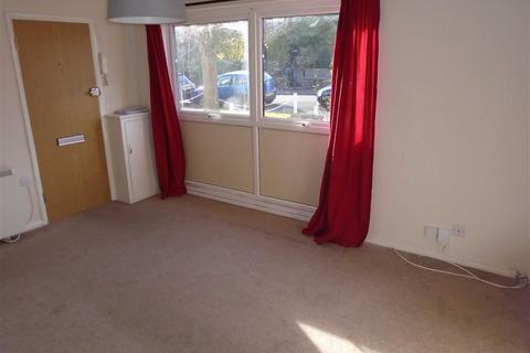 2 bedroom flat to rent - Cairns Court, Cairns Road, Bristol