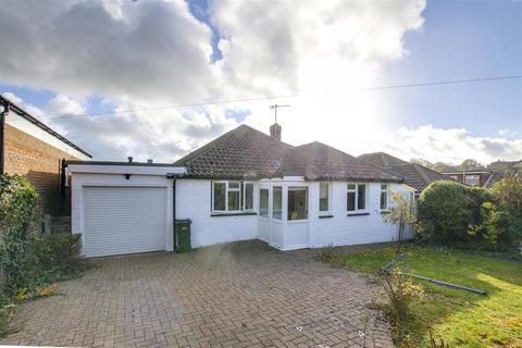 3 bedroom bungalow to rent - Rowan Way, Rottingdean, Brighton