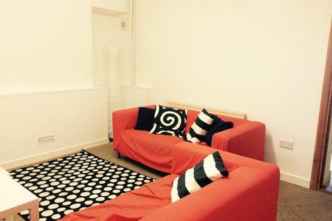 4 bedroom house to rent - Oxford Street, , Swansea