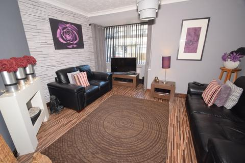 3 bedroom terraced house for sale - Ewart Road, Chatham, ME4