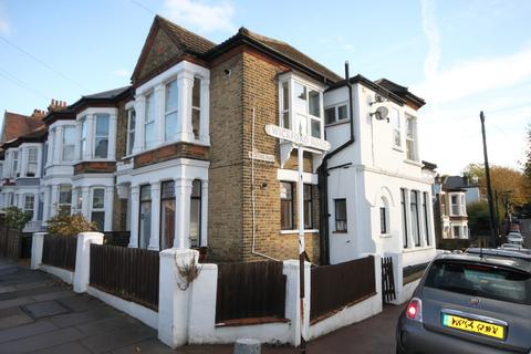 1 bedroom ground floor flat for sale - Retreat Road, Westcliff-on-Sea