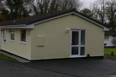2 bedroom detached bungalow for sale - Rosecraddoc, Liskeard
