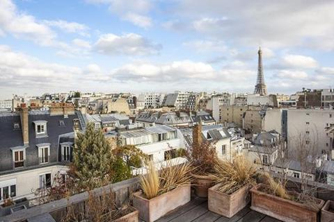 2 bedroom apartment  - Paris 16, Paris, Ile-De-France