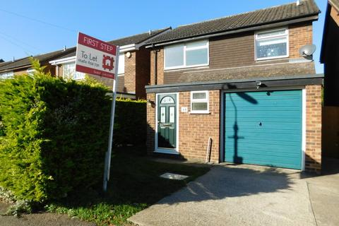 3 bedroom detached house to rent - Church Road, Stotfold, Hitchin