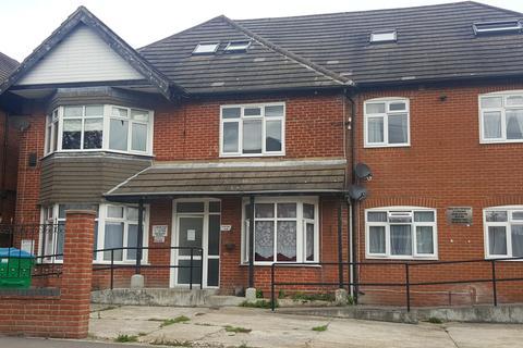 2 bedroom flat to rent - Welbeck Avenue Flat 2,