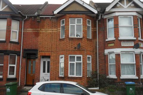 4 bedroom detached house to rent - Earls Road,