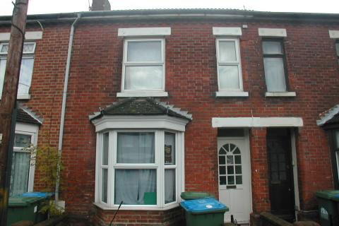 3 bedroom detached house to rent - Burton Road,