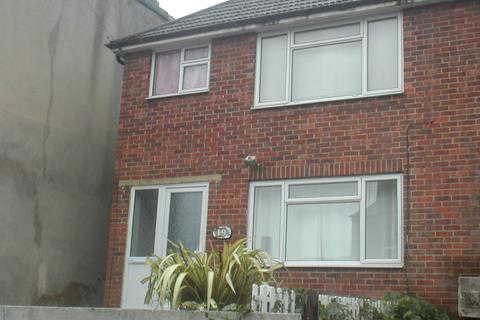 3 bedroom detached house to rent - Earls Road,