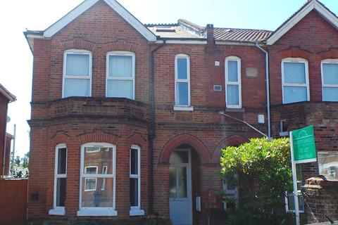 9 bedroom semi-detached house to rent - Student Property - Alma Road