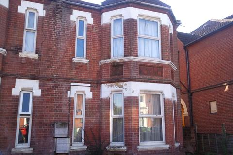 6 bedroom semi-detached house to rent - Student Property - Alma Road