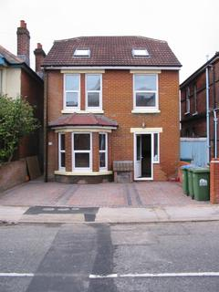 1 bedroom flat to rent - 10 St Catherines Road , Southampton  SO18
