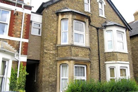 5 bedroom terraced house to rent - Hurst Street, Oxford, OX4 1HG